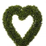 Smart Garden Boxwood Hanging Heart 41cm x 38cm