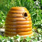 Wildlife World Ceramic Bee Skep Wildlife Habitat With Nesting Materials