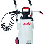 Solo 11 Litre, 2 Bar.30 Psi with 40cm Spray Lance, Trolley On Wheels