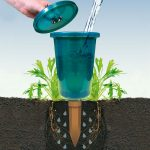 Bio Green Hydro Cup Raised Bed Watering System (4 Watering Stakes + 4 Cups)